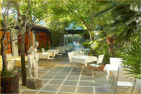 Restaurant Le Patio Fontvielle les Alpille en Provence - Restaurant - Les Alpilles en provence