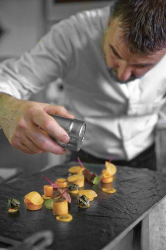 Restaurant L'Atelier d'Edmond Benoit Vidal 2 étoiles Michelin Val D'isère - Hôtel - Restaurant - Val d'Isère - Image 1
