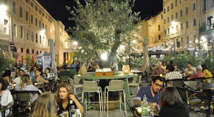 Le Bistrot des Dames place aux huiles Marseille Vieux Port
