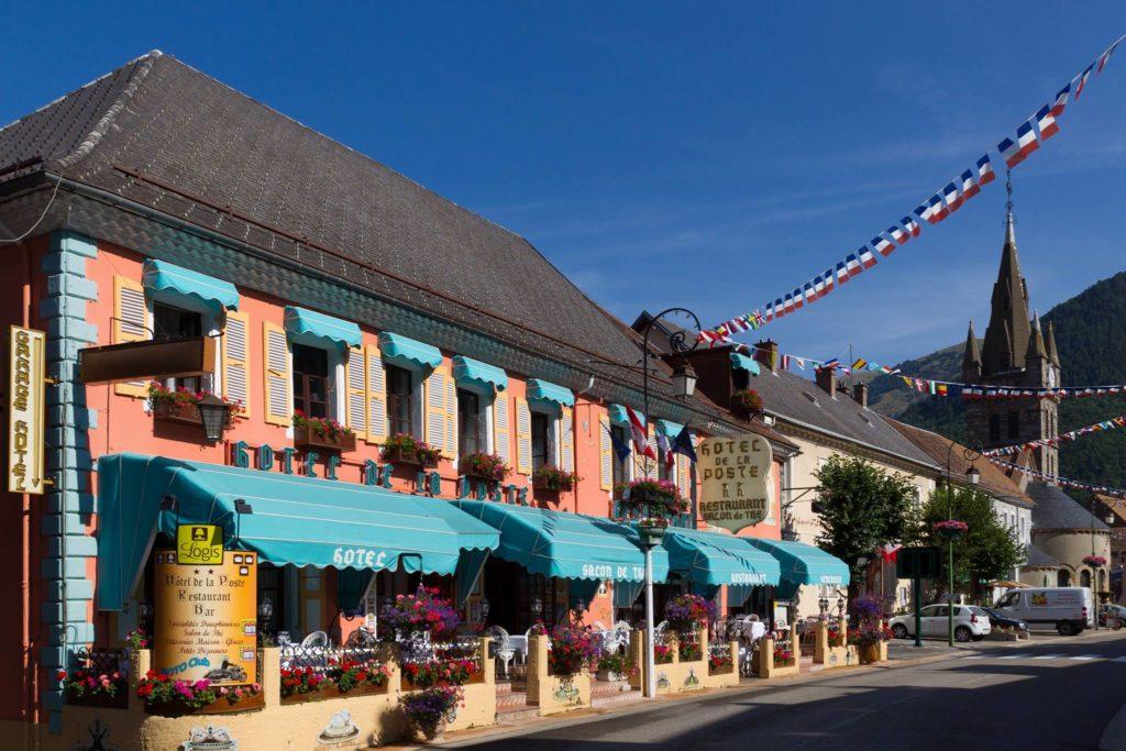 Hôtel de la Poste ancien Relais de Poste à Corps La Salette (38) entre Isère et Hautes Alpes