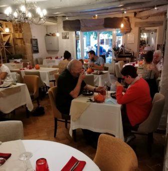 Restaurant Hôtel Le Saint Marc Aups Var Haut-Var Verdon - Hôtel - Restaurant - Haut Var Gorges du Verdon - Image 2